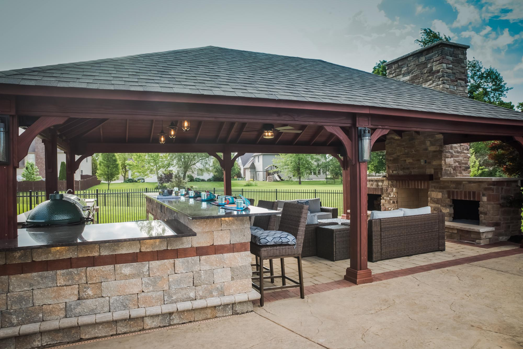 Calvin landscape outdoor pavilion with grilling area